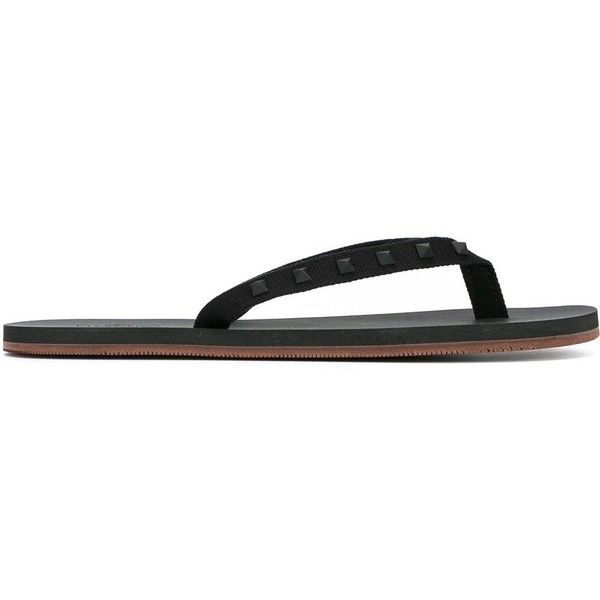 Valentino Valentino Garavani Rockstud Flip Flops (17,360 INR) ❤ liked on Polyvore featuring men's fashion, men's shoes, men's sandals, men's flip flops, mens flat shoes, valentino mens shoes, mens beach shoes and mens beach sandals