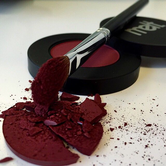 I'm loving the color of this red!! Wow!