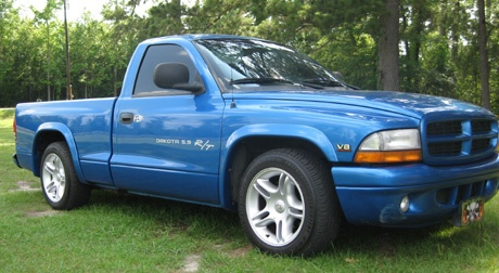 My current rig. 1999 dodge dakota :) love this truck with a passion -- great on gas & she goes like stiink