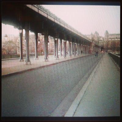 Part of something bigger: monólogo interno de un personaje #PatyStuff #Blog photo of #Paris