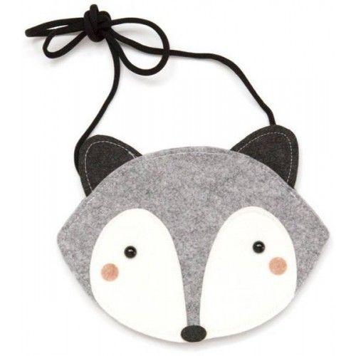 Und noch eine niedliche Entdeckung. Diese Fuchstasche für kleine Schlitzohren. Zu beziehen über http://www.jomamikids.com