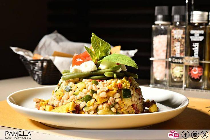 Il rientro alla quotidianità dopo le vacanze è sempre duro, ma con le nostre pause pranzo potrete concedervi un momento di evasione e di gusto.    #pasticceriapamela #modena #pranzo