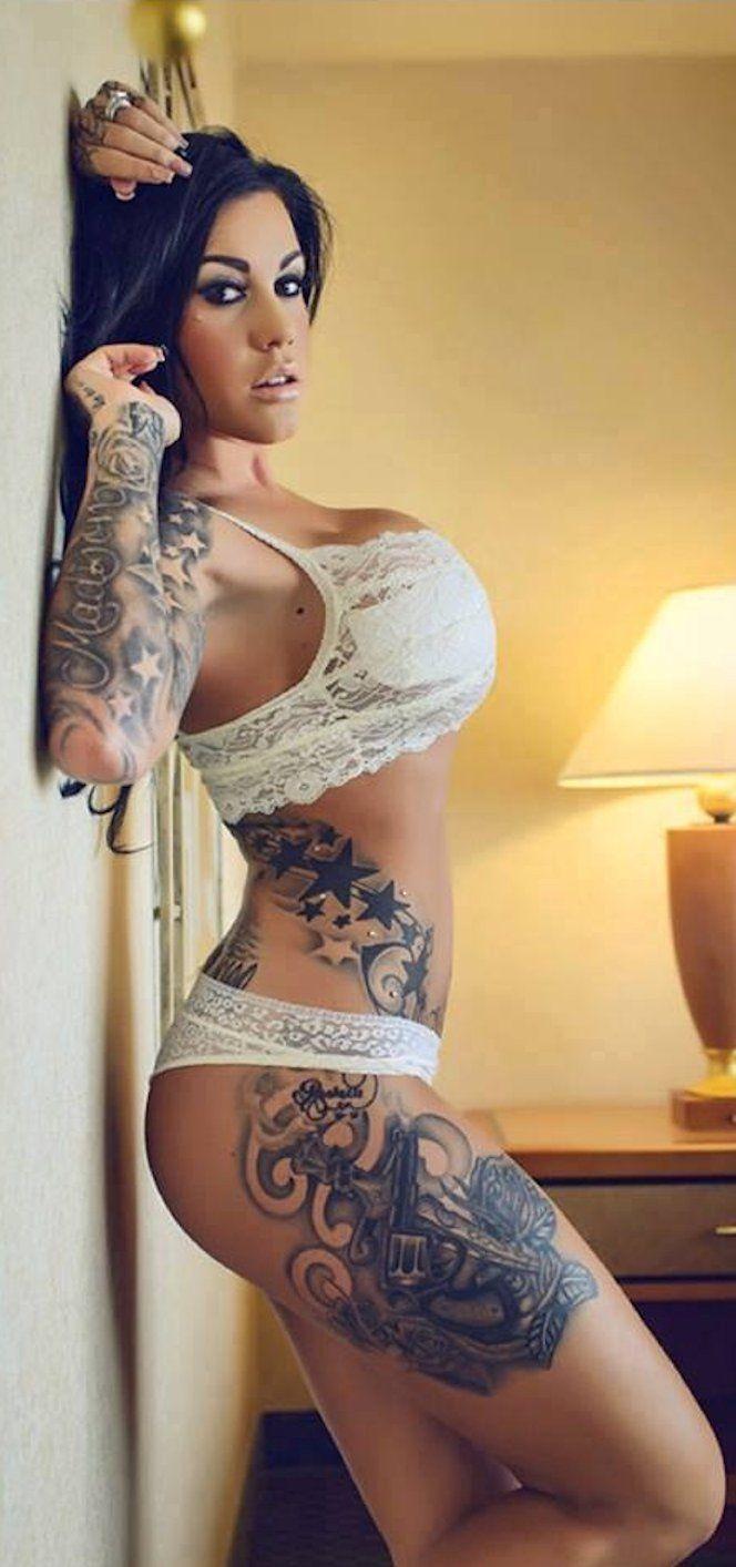 Busty tattooed chick