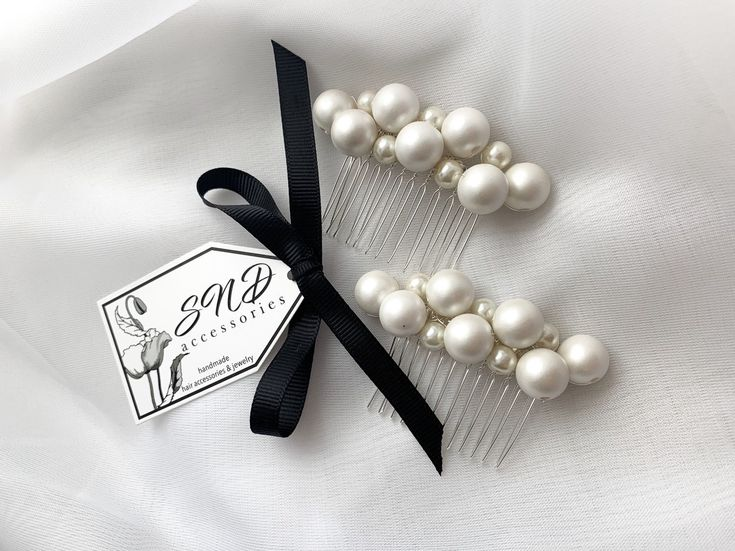 Bridal Pearl hair comb, Wedding pearl headpiece, Ivory silver headpiece, Pearl hair accessories, bridesmaids and prom jewelry