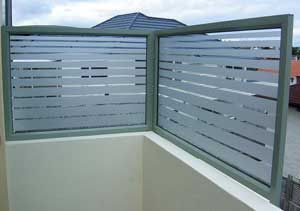 Best Frosted Privacy Film For Glass Balustrade And Pool Fence 400 x 300