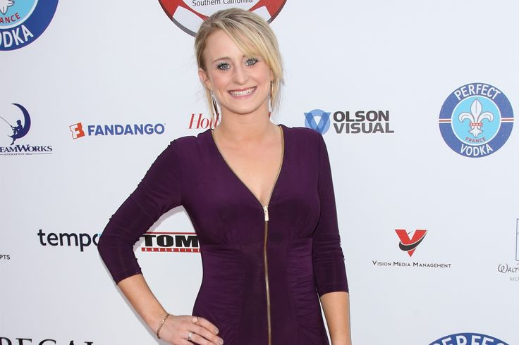 "'Teen Mom 2' Star Leah Messer Calls Herself a ""Single Mom"" on Twitter — Did She Split From T.R. Dues?"