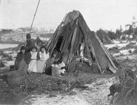 Yahgan family, 1898.