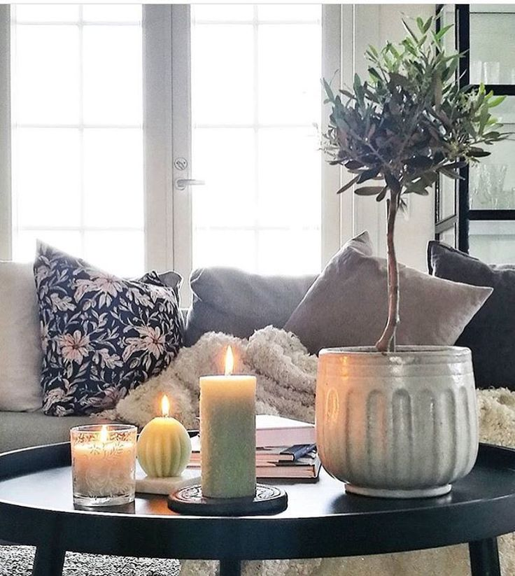 Frost Green and scented candles <3 Scandinavian interior by HAVI'S