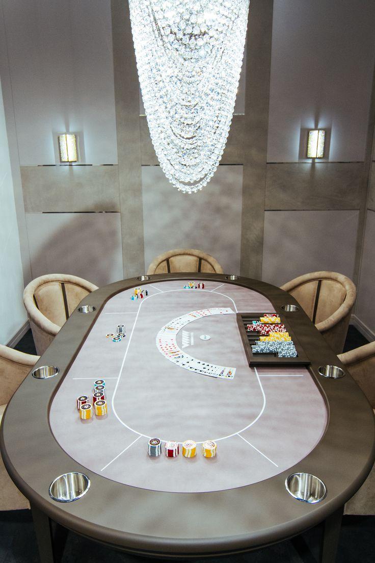 Playing poker has never been so classy with Vismara Design professional poker table! #vismaradesign #pokertable #madeinitaly #luxury
