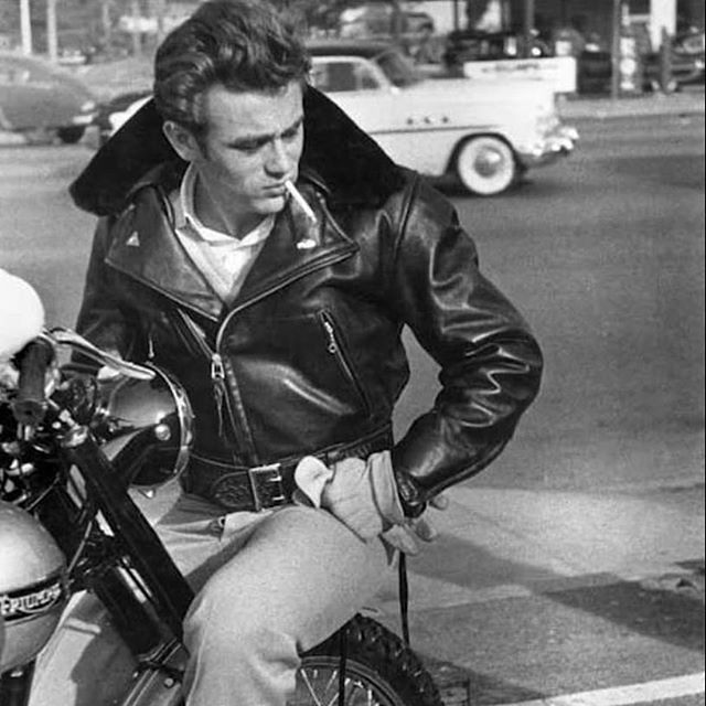 James Dean looks awfully sharp on his Triumph 1955 Trophy, and wearing a Chiodo jacket. . . . #caferacerstyle #style #styleinspiration #cool #urbanstyle #leatherjacket #instacool #outfit #thisisdainese72 #bikerlife #elegance #caferacerspirit #motorcycleja
