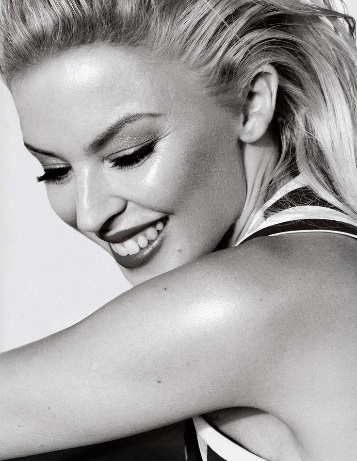 Kylie Minogue- cancer survivor