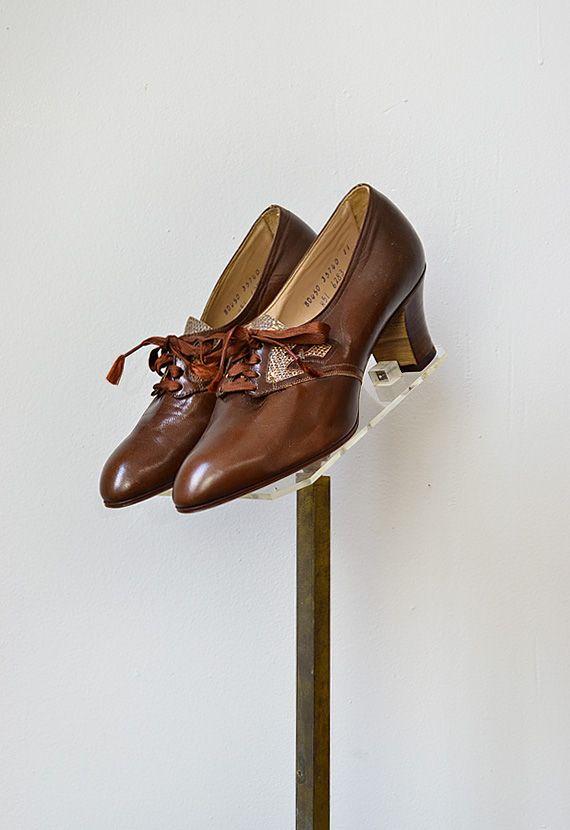 vintage 1930s brown reptile oxford heels | Jean Cocteau Oxfords