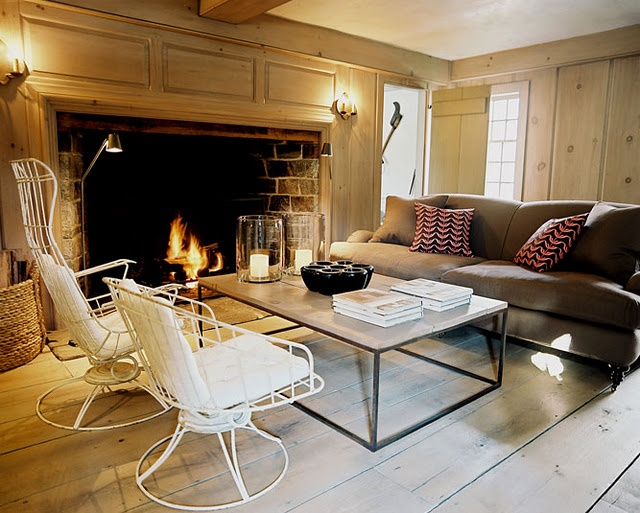 A huge fireplace: Interior, Fire Place, Ideas, Living Rooms, Coffee Table, Livingroom, Fireplaces, Huge Fireplace, Design