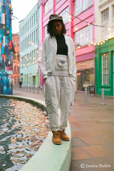 Get this look: http://lb.nu/look/8584615  More looks by Nadine Hamilton: http://lb.nu/knewyu  Items in this look:  Zara White Bomber Jacket, Atmosphere Vest Top, Zara Basics Dungarees, Primark Boots   #artistic #minimal #street #casual #art #achromatic #tbt #90s #throwback