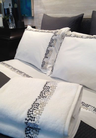 Custom sheets and cases | Luxury Bed Linens by Léron