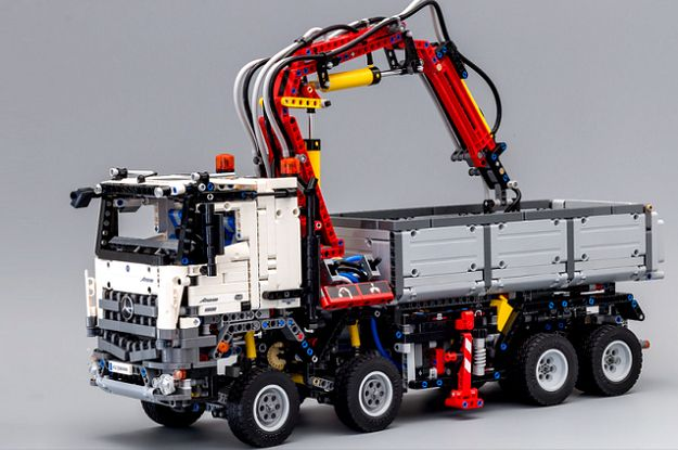 Awesome Truck Mercedes Arocs Made Of 2793 Details