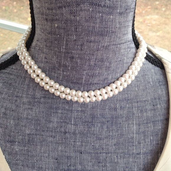 Pearl necklace. Double strand pearl choker necklace. Jewelry Necklaces