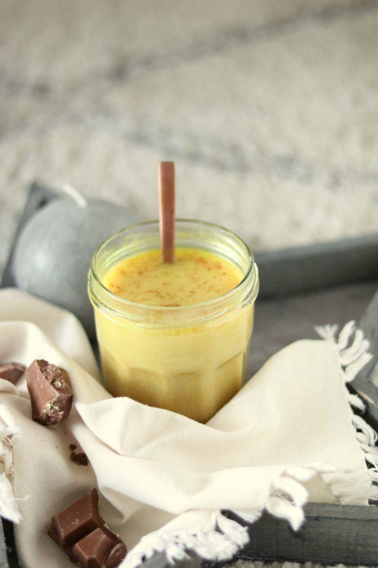 Golden almond latte