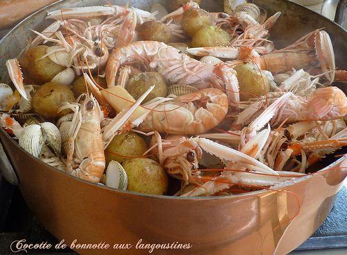 Cocotte of langoustines sablaises with bonnottes of Noirmoutier