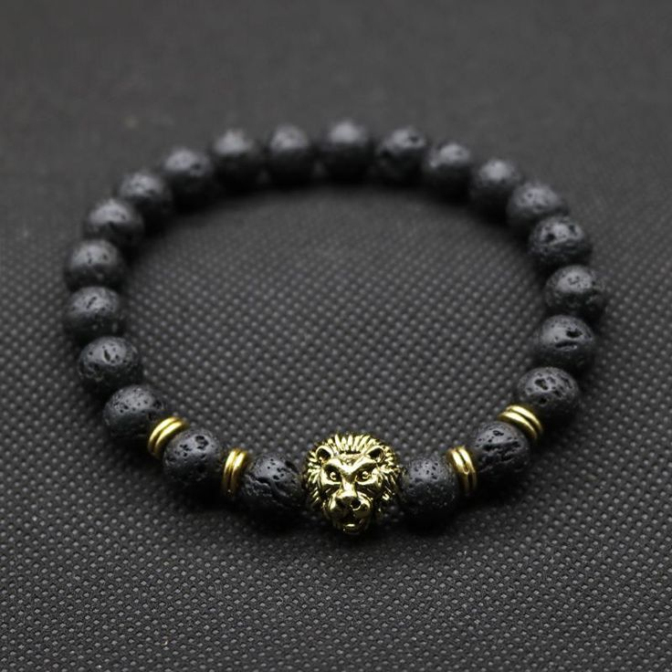 lion bracelet that make you look outstanding