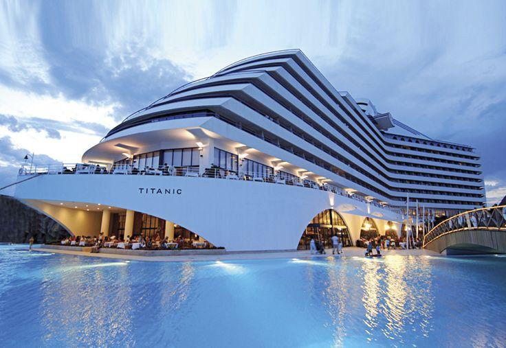 Beach Hotel | Antalya & hôtel de luxe Titanic Antalya, Titanic Beach & Resort ...