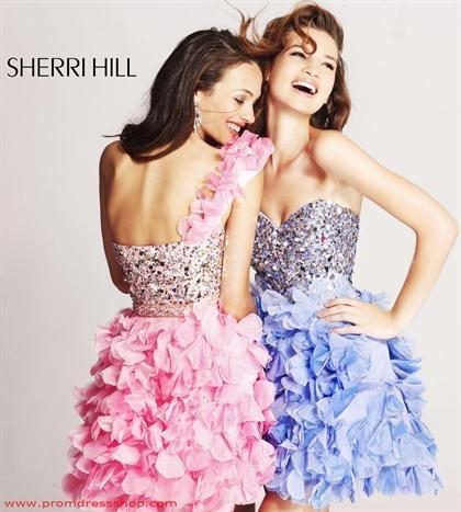 Sherri Hill Short 8423 at Prom Dress Shop