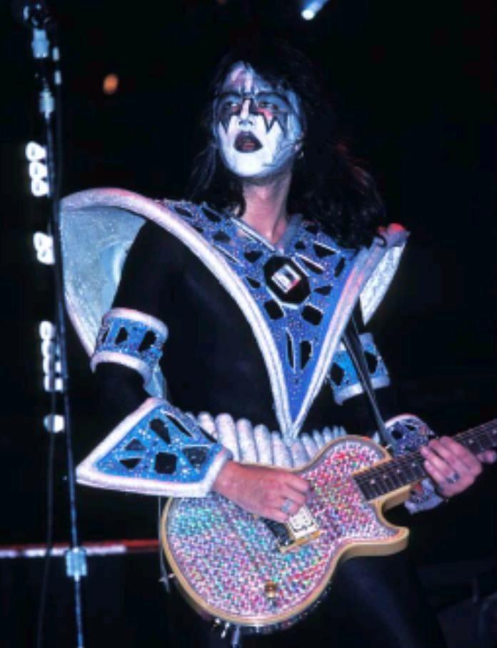 Kiss Ace Frehley Ace Frehley Kiss Concert Kiss Army