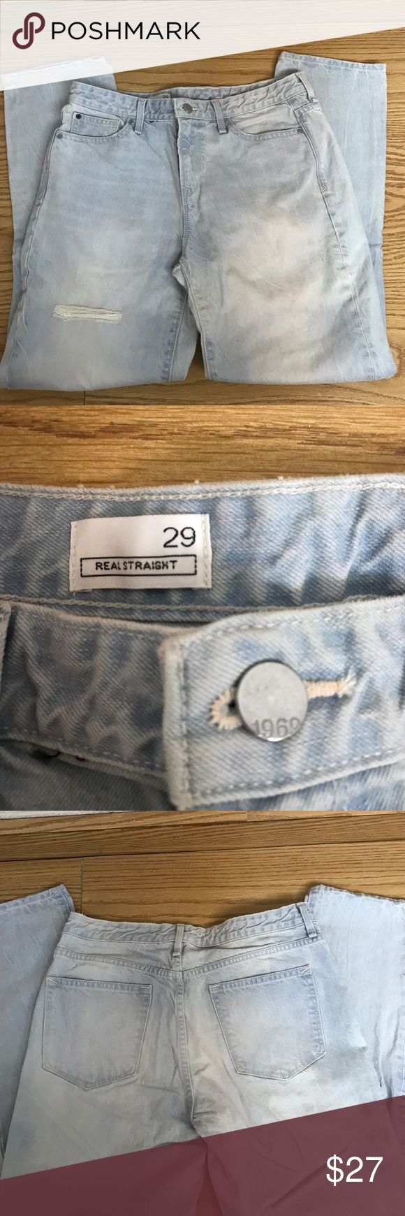 Gap Women's Straight Jeans Gap women's real straight jeans. Light wash, 100% cotton. Never been worn, brand new without tags. GAP Jeans Straight Leg