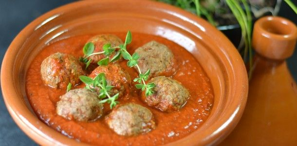 Kefta Tagine. Substituting ground chicken. With cous cous?