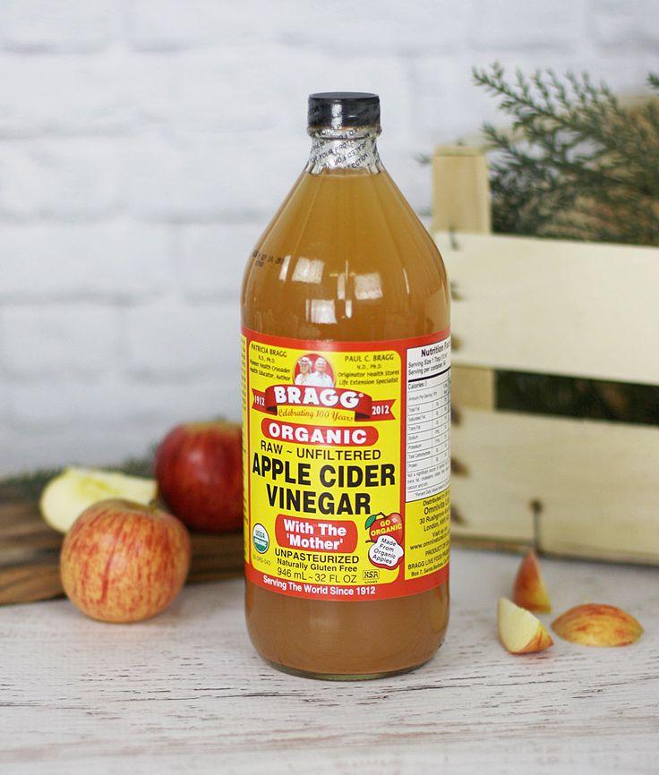 Tot ik op internet aan het zoeken was naar homemade remedies tegen een onrustige huid en appel cider azijn bij iedereen met stip op nummer 1 stond.