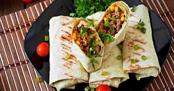 Recette de Wraps allégés à la mexicaine au bœuf et à l'oignon grillé . Facile et rapide à réaliser, goûteuse et diététique.