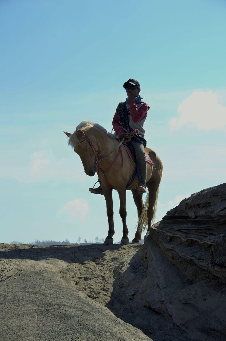 Penunggang kuda di Bromo