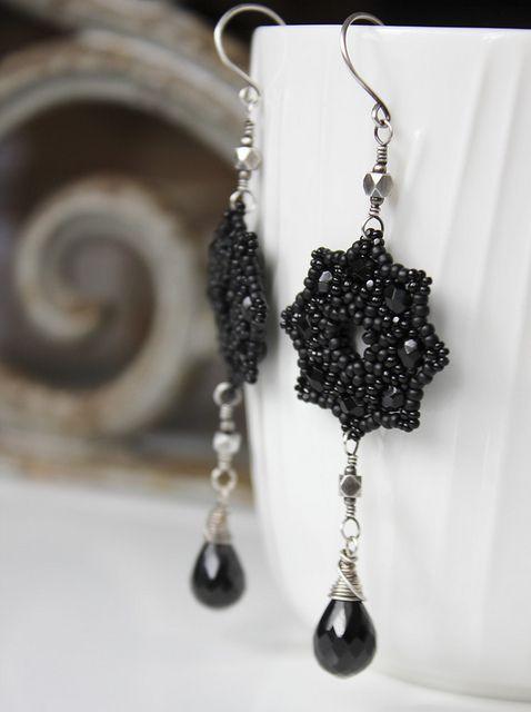 Beaded earring. All black