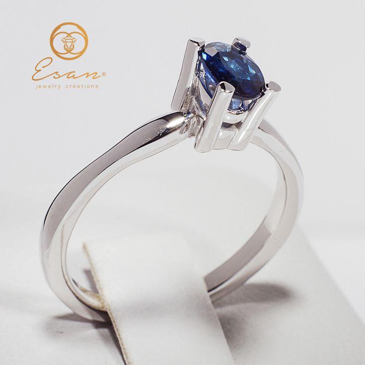 Inel de logodna din aur cu safir oval model solitaire ES45