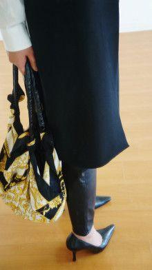 http://ameblo.jp/komatsu1108/entry-12144690809.html スカーフ巻き方  スカーフコーデ scarf arrangement エルメス カレ HERMES carres アラフォーファッション ロングジレ ロングベスト