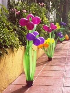 What says you love your #Mom more than #flowers.  Surprise her on a walk with #BalloonFlowerBouquets.