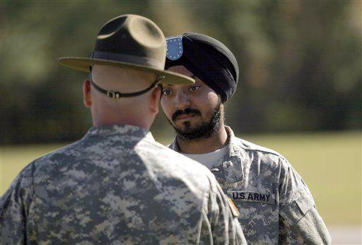 US Military to Allow Turbans, Other Religious Clothing, Observances