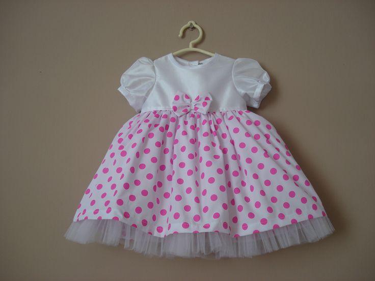 Vestido de fiesta 9 meses en tafeta y lunares rosados.