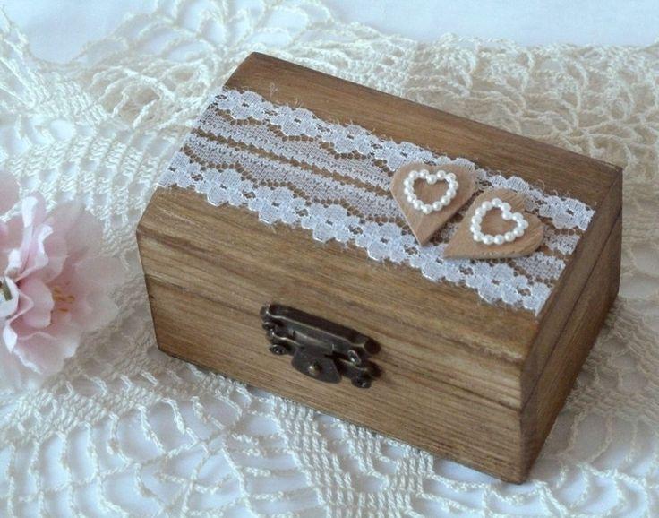 Hochzeits+Ringträger,+Ringkiste,+Holz+von+MarianArt+-+hübsche+und+einzigartige+handgemachte+Geschenke+auf+DaWanda.com