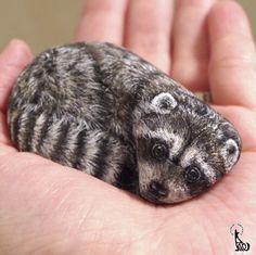 Cette artiste transforme de vulgaires cailloux en animaux tout doux !