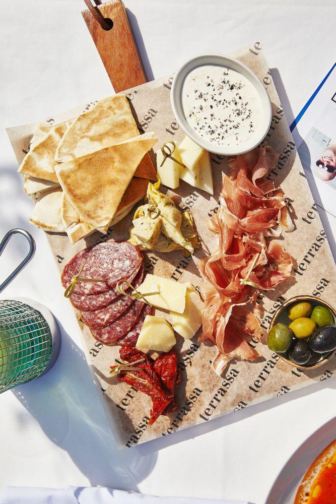 Новые красочные блюда из нашего меню #terrassa #food #meat #appetizer  #ginza #ginzaproject #tasty #summer