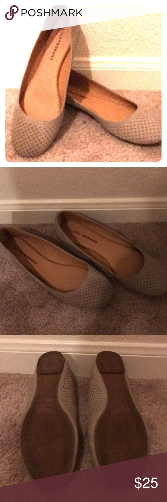 Lucky Brand flats Taupe very gently worn lucky brand flats. Worn 2x. Very comfy!! Lucky Brand Shoes Flats & Loafers