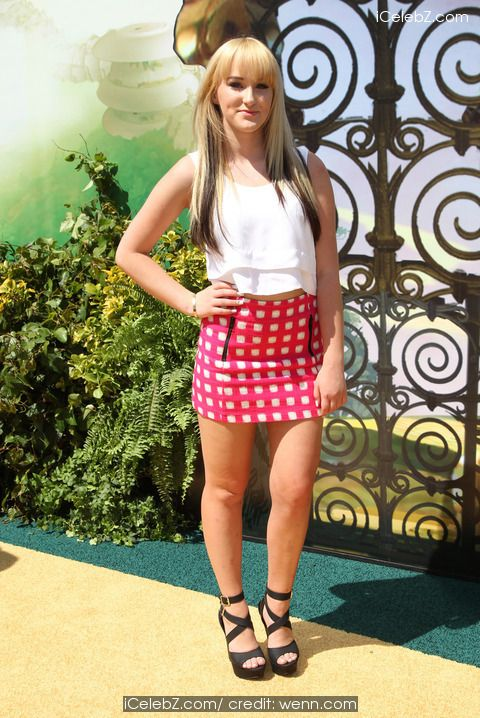 Camryn Magness Premiere Of