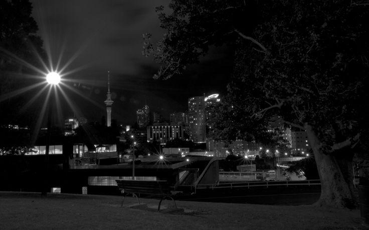 16-auckland-skyline-bei-nacht-1.jpg 2,560×1,600 pixels