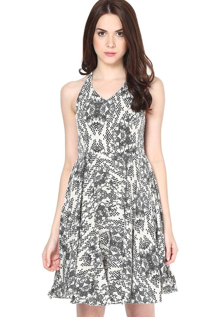 Printed Black Dress @ $49.40. 24% OFF https://www.dollyfashions.com/the-vanca-printed-black-dress-3000649851.html