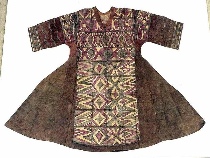 Bark Cloth/Pigments Woman's Dress. Bada Region, Sulawesi Island, Indonesia. Private Collection, Midwest. Rare example of a bark cloth textil...