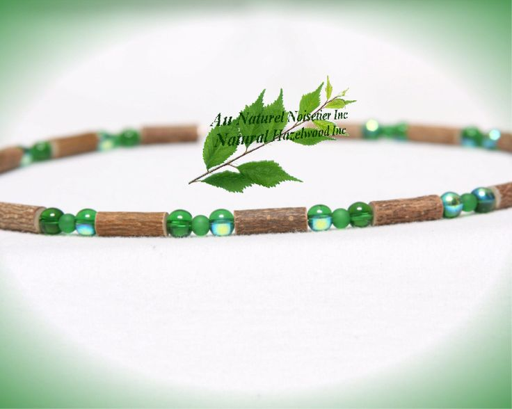 Green hazelwood necklace