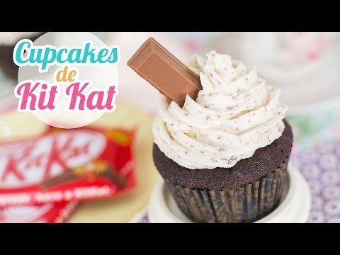 ♡ Vídeo paso a paso para hacer unos irresistibles cupcakes con todo el sabor del Kit Kat. Si te gustan los Kit Kat, seguro que este cupcake te va a dejar sin...