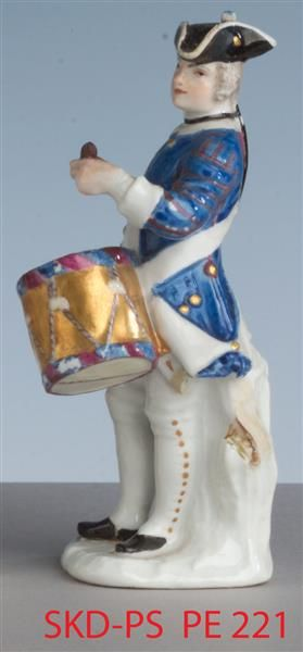 Soldat mit Trommel Kaendler, Johann Joachim (1706-1775)|Modellmeister Meissen, um 1750 Porzellansammlung