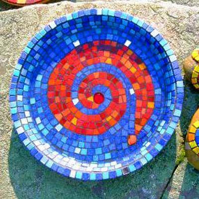 Plateau réalisé avec la mosaïque en verre Murano